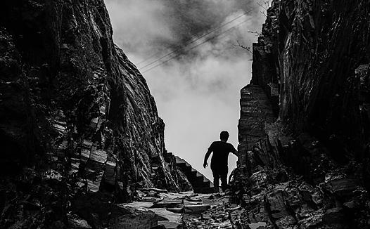 山岭黑白风景素材-抖音视频素材图